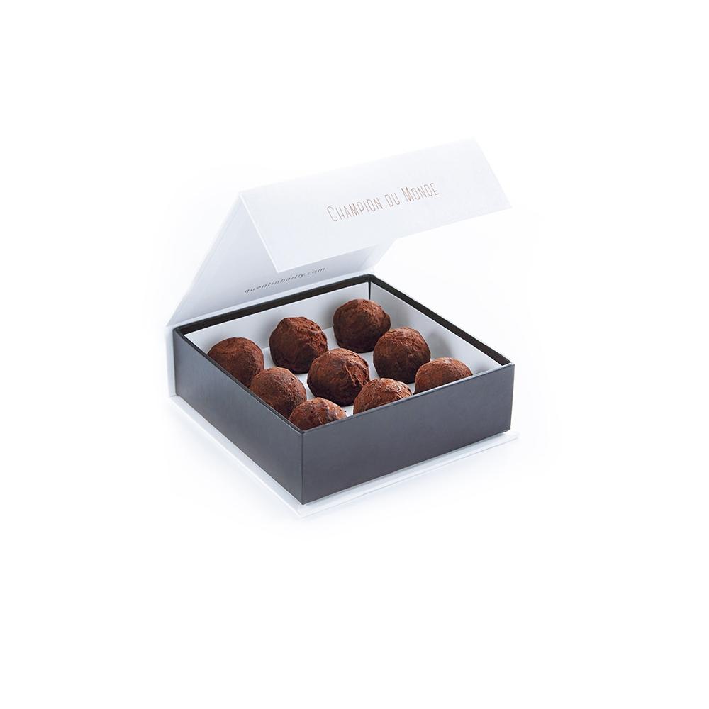 Coffret de 9 truffes caramel beurre salé et chocolat au lait