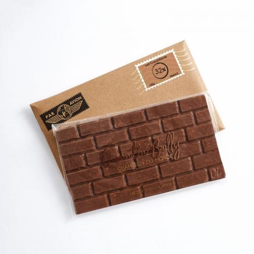Tablette de chocolat au lait et riz soufflé Japonais