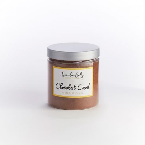 Poudre pour chocolat chaud avec une pointe de cannelle