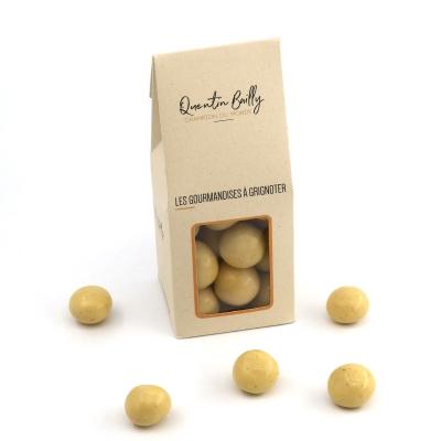 Noix de macadamia enrobées de chocolat blanc